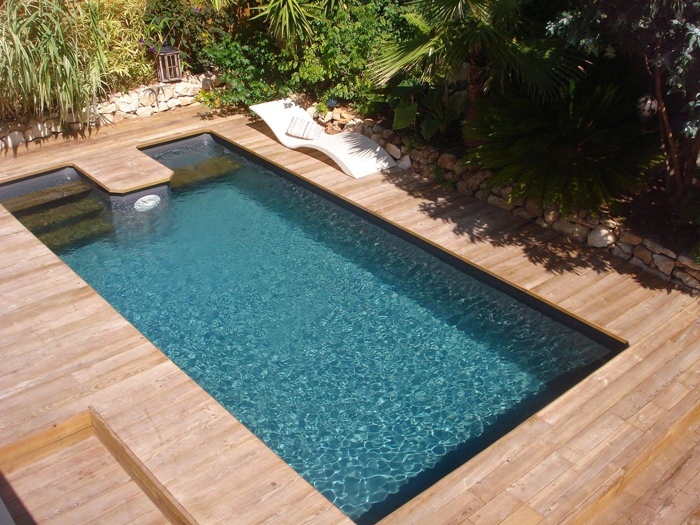 Construction piscine bois aix en provence marseille 13 for Piscine 04